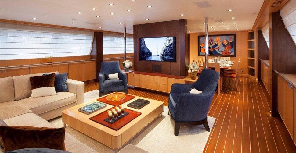 Photo of VICTORIA interior